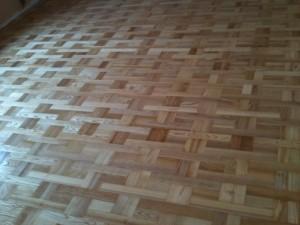 Fußboden Reinigen und Pflegen